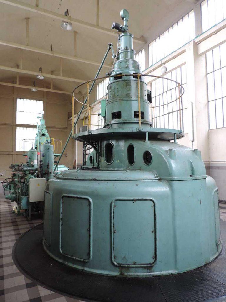 Turbine datant de 1940 - Eau du Bassin Rennais