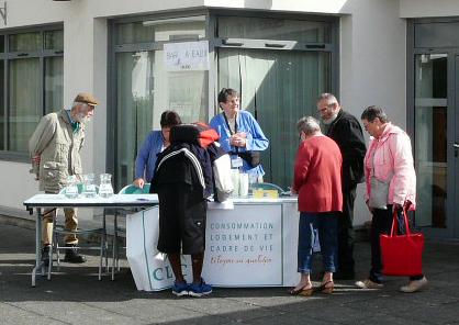 Bar à eau tenu par la CLCV